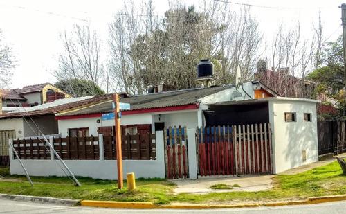 Casa En Venta En Santa Teresita Con Todos Los Servicios