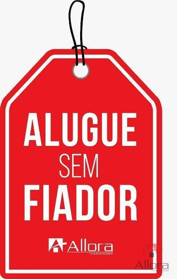 Kitnet Com 1 Dormitório Para Alugar, 30 M² Por R$ 890,00/mês - Centro - Bragança Paulista/sp - Kn0019