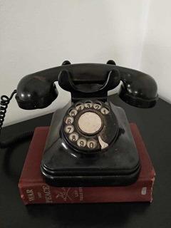 Teléfono Antiguo Europeo