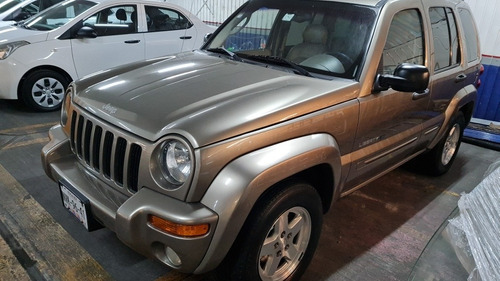 Jeep Liberty Limited 4x2 At 2003