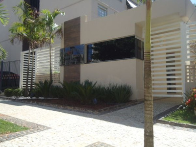 Apartamento Padrão Com 3 Quartos - 698-l