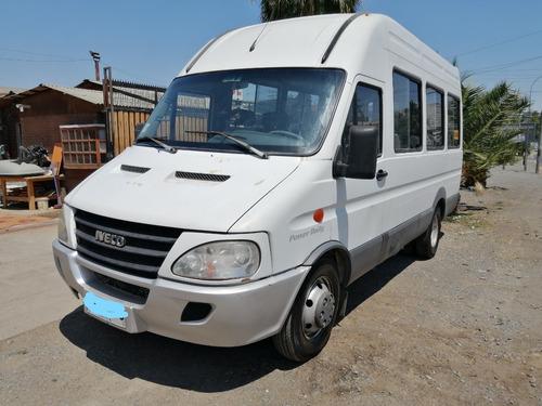Minibus Escolar Iveco Power Daily 2012 - 28 Asientos