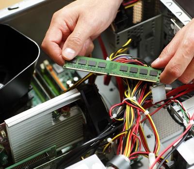 Informática E Segurança - Computadores, Câmeras E Alarmes.