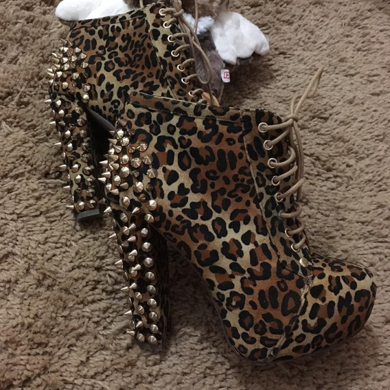 Sapato Cheio De Spikes Oncinha Salto