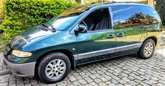 Caravan Chrysler 96/97 3.3 Le Mini-van 7 Lugares