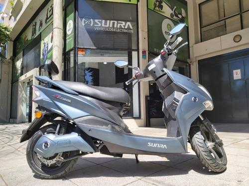 Moto Electrica Sunra Hawk Litio 3000 W  Scooter D