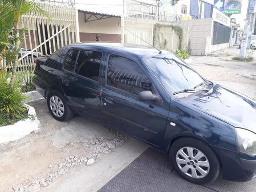 Renault Clio 2004 1.0 16v Authentique 5p