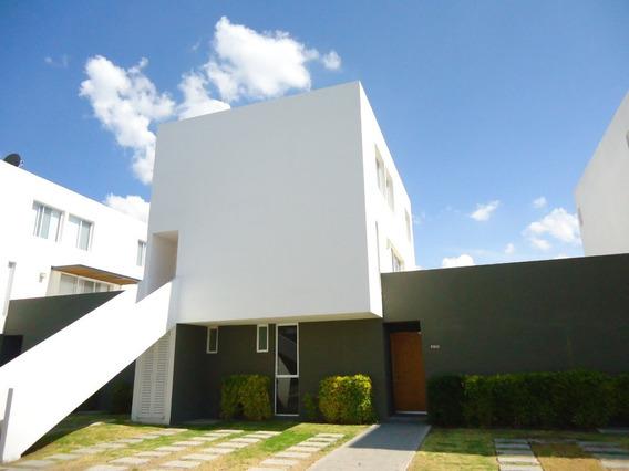 Renta Casa En El Mirador 2 Recamaras Privada Alberca