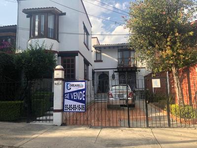 Satélite: Casa Con Dos Locales Comerciales Y Uso De Suelo