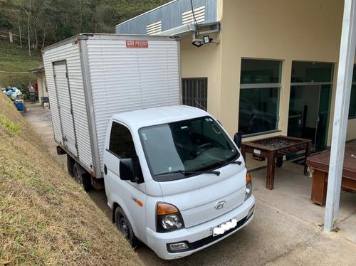 Imagem 1 de 11 de Caminhão Hyundai Hr Com Baú
