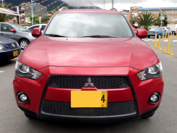 Mitsubishi Outlander 2.4 At Aa