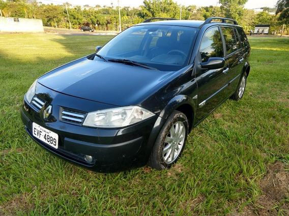 Renault Megane 2011/12 1.6 Grand Tour Dynamique Flex 5p