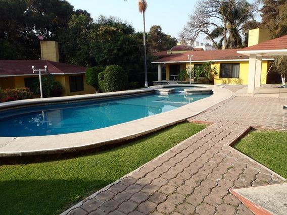 Rento 4 Preciosas Villas En Exclusivo Fraccionamiento Alberc