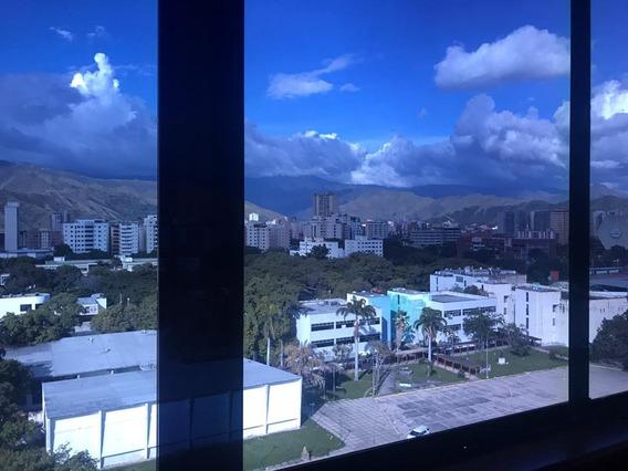 Se Vende Oficina Amoblada En La Av Santos Michelena Maracay