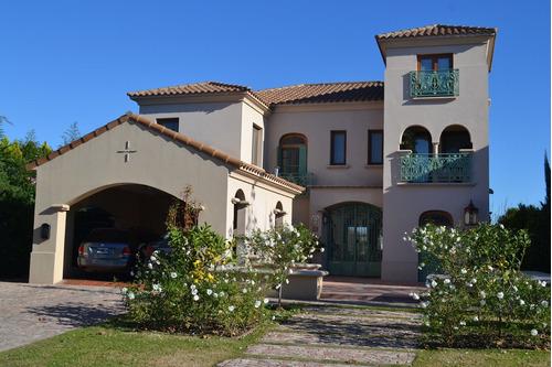 Imagen 1 de 30 de Casa  En Venta Ubicado En Santa Barbara, Tigre, G.b.a. Zona Norte