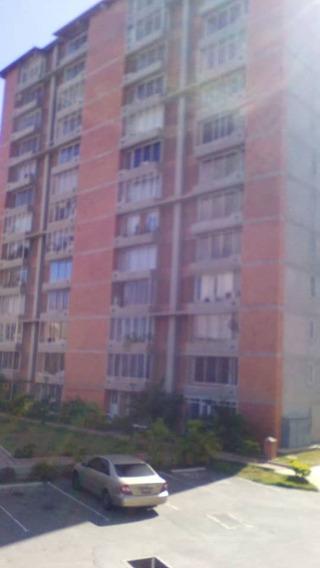 Apartamento De 2 Habitaciones Y 2 Baños.
