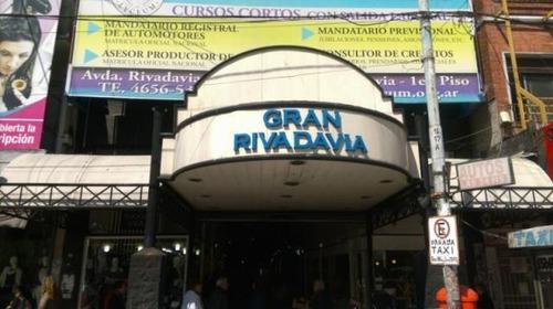 Local | Rivadavia, Av. Al 14000