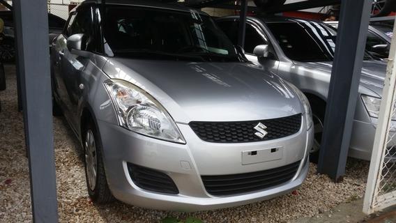 Suzuki Swift Inicial 120,000
