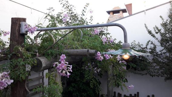 Luminária Antiga De Poste Ágata Iluminação Pública