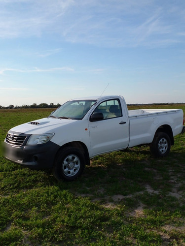 Toyota Hilux 4x4 Cabina Simple