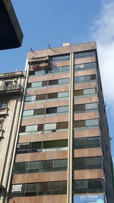 Vendo Apartamento Andes Esquina 18 De Julio Piso Alto, Unidades Como Las De Antes, Super Amplias Todas De 1 Dormitorio, Ley 18795