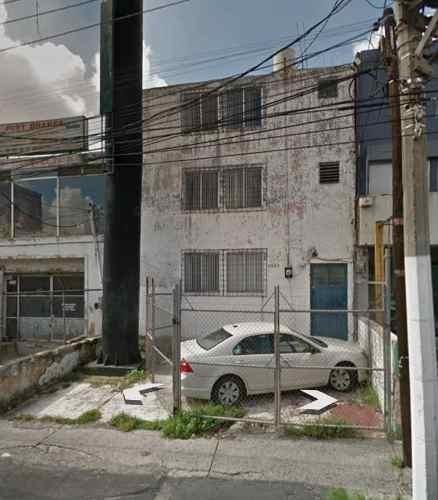 Oportunidad Edificio Sobre Avenida Para Remodelar O Demoler En Guadalajara