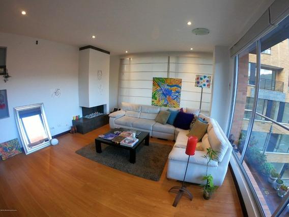 Venta De Apartamento En Chico Norte Mls 20-1010 Fr