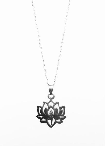 Colar Flor De Lotus Posição Da Árvore Vrksasana Em Aço Inox