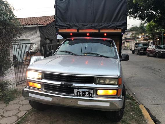 Vendo Chevrolet Silverado Excelente Estado