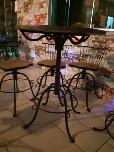 Imagem 1 de 5 de Mesas E Cadeiras Rústicas Para Bares