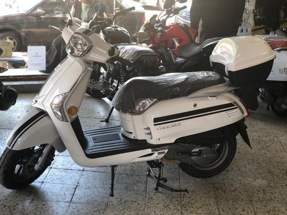 Kymco Like 125 Scooter, No Honda Agility Yamaha Vespa Elite