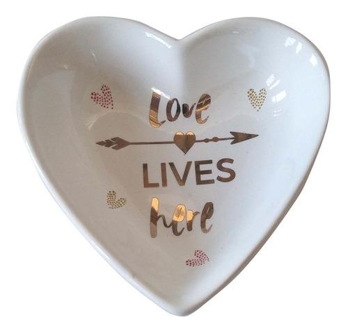 Imagem 1 de 3 de  Enfeite De Mesa Porta Aneis Ceramica  Heart Love  Urban