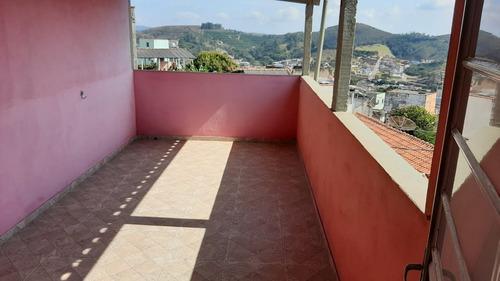 Apartamento Com Área Privativa , Terraço , Suite , Garagem Para Um Carro . - 802