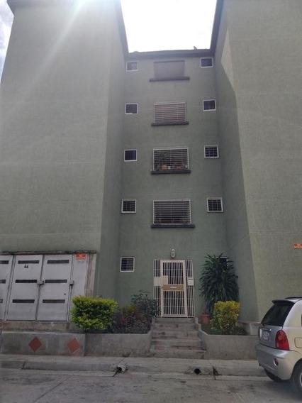 Apartamento En Venta 19-19261 Yolimar Benshimol 04246157978