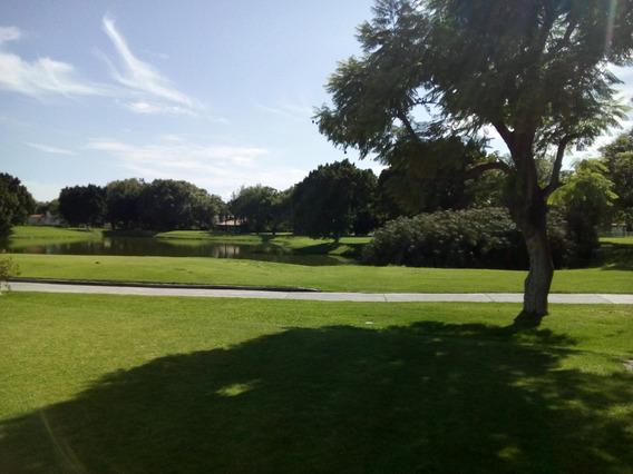 Casa Con Preciosa Vista Al Lago Y Campo De Golf