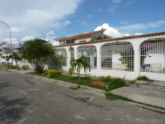 Casa De 247mts2 En Turmero Gbf20-17798