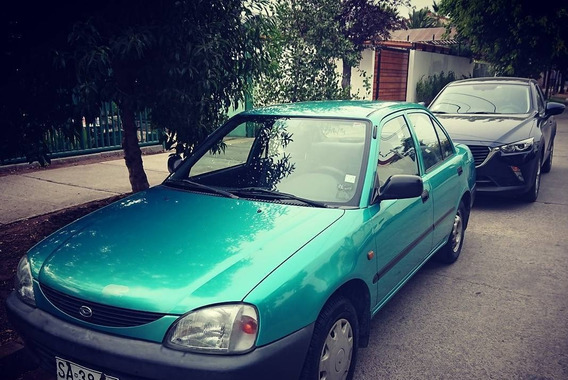 Daihatsu Charade 1.5 Cs Mt 4p