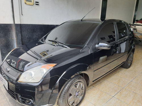 Imagem 1 de 11 de Ford Fiesta 2009 1.0 Flex 5p 71 Hp