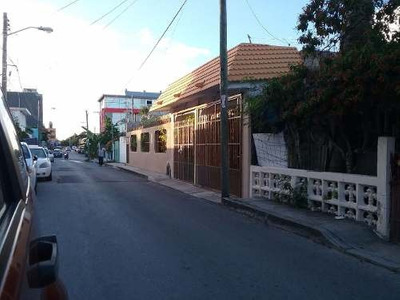 Se Vende Casa En Primer Cuadro De Playa Del Carmen