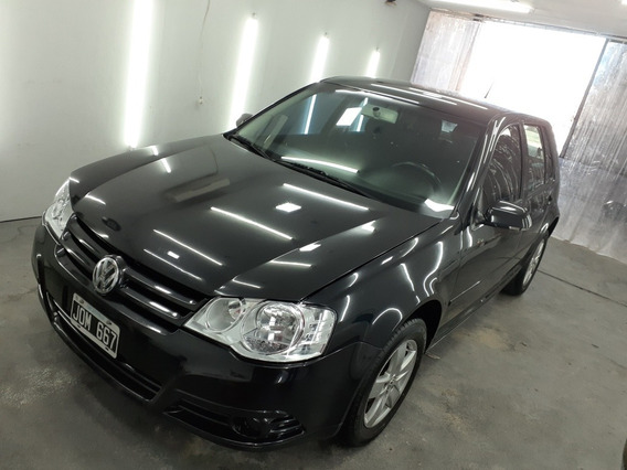 Volkswagen Golf 1.6 Advance 2011