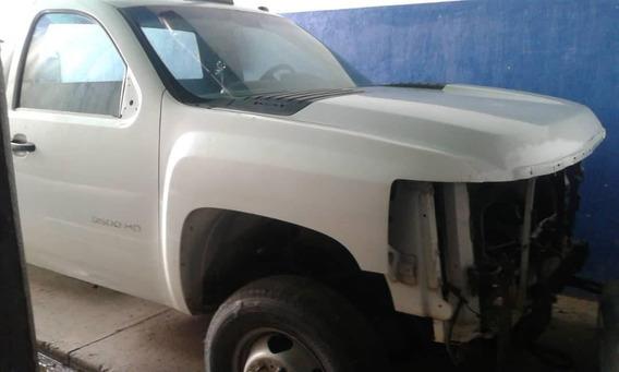Camion Chevrolet Para Reparar Ojo No Esta Chocado