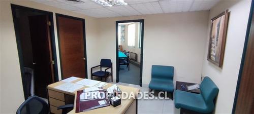 Imagen 1 de 13 de Oficina En Venta En Providencia / Guardia Vieja / 2 Est.