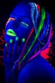 Labial Fluo Fluorescente Ultimos Brilla Luz Uv Negra X 6