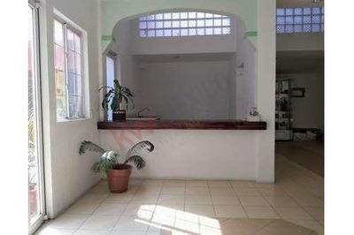 Casa En Venta En Santa Cruz Meyehualco