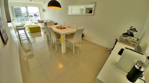 Apartamento En Venta Playa Brava 2 Dormitorios- Ref: 3819