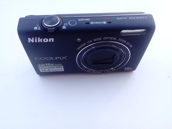 Camera Nikon S6200