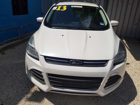 Ford Escape Blanca