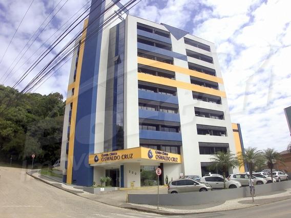 Sala Comercial Com Aproximadamente 50 M² , No Bairro Ribeirão Fresco. - 3573273