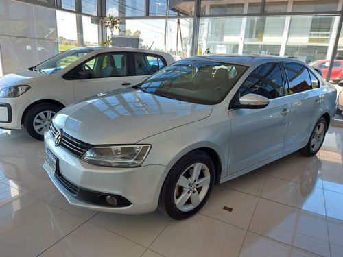Volkswagen Vento 2.5 Luxury 170cv Tiptronic //4632025