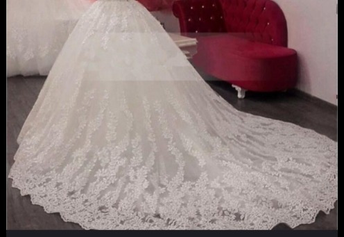Vestido De Noiva Completo Véu , Buquê E Sapato.